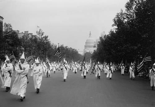A Ku Klux Klan perseguiu negros nos Estados Unidos durante décadas